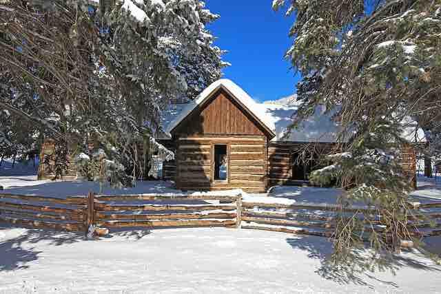 roper cabin